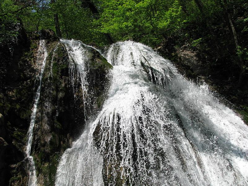 водопад Джур-Джур, цены и расписание